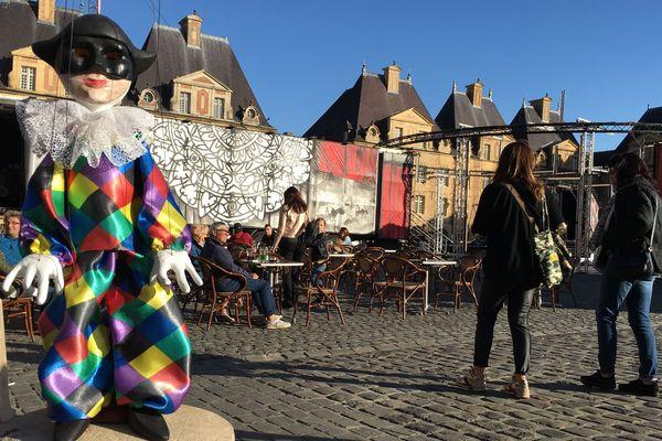 Journaliste reporter à France3 Champagne-Ardenne, j'ai 3 bonnes raisons de vous inviter à vous rendre au Festival mondial des théâtres de marionnettes de Charleville-Mézières