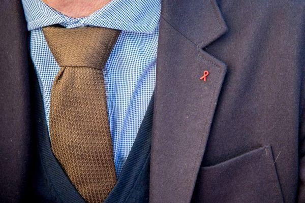 25.000 personnes en France, des hommes comme des femmes ignorent leur séropositivité.