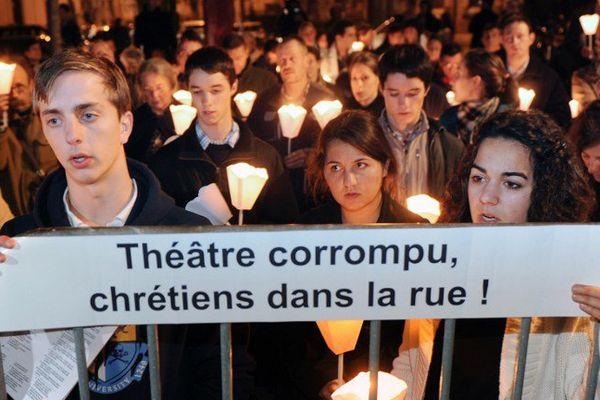 17 novembre 2011 : manifestation contre la pièce Golgota Picnic près du théâtre Garonne à Toulouse