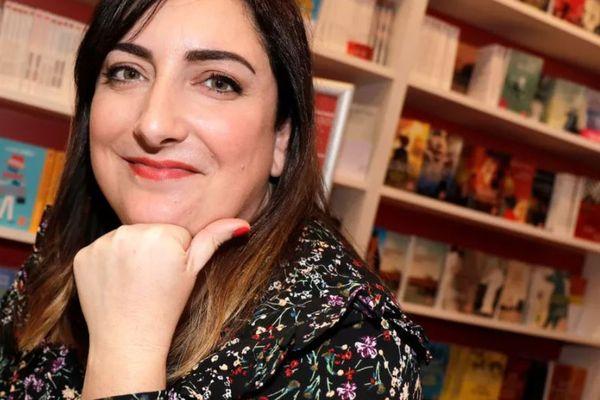Virginie Grimaldi, romancière au succès fulgurant, lors du salon Livre Paris, en 2018