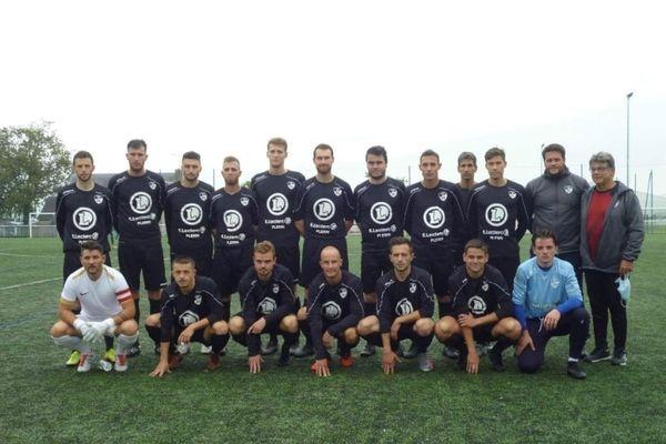 Les séniors du Plérin FC lors de la présentation de l'équipe en début de saison