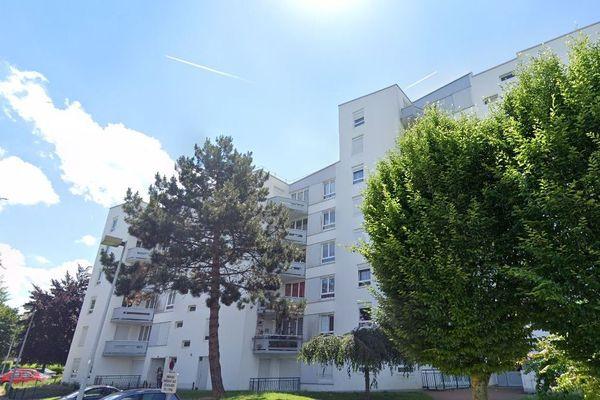 La tentative d'homicide s'est déroulée dans les parties communes d'un immeuble du quartier Pierre-Rollin à Amiens.