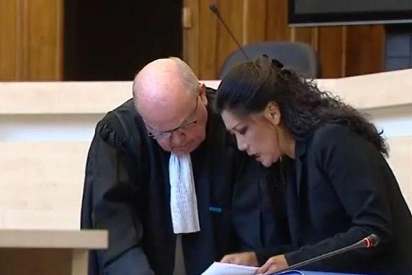Lise Han éprouvée lors du deuxième jour de procès en janvier 2016.