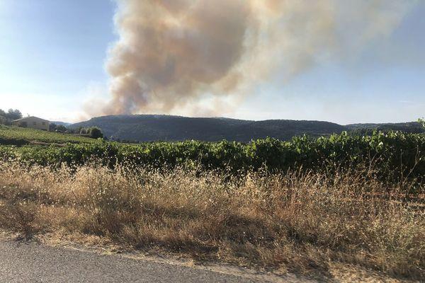 Un important incendie s'est déclaré dans le Vaucluse.