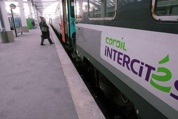 Les trains Intercités sont confrontés à un déficit d'environ 400 millions d'euros
