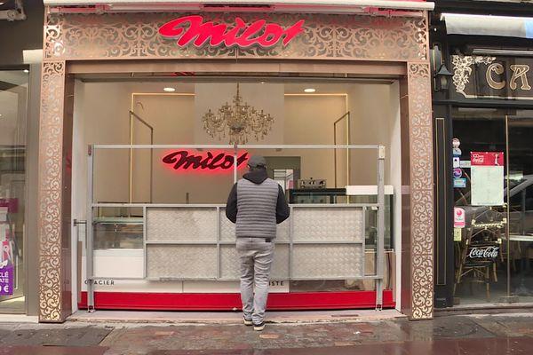 La dynastie de confiseurs forains Milot a décidé d'ouvrir un magasin sédentaire à Rouen