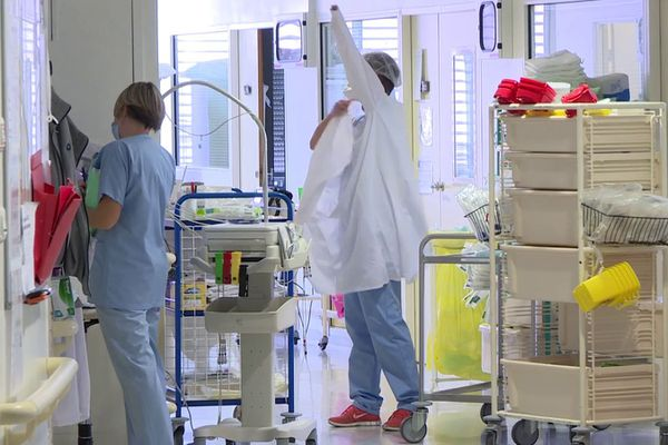 Le centre hospitalier Yves Le Foll à Saint-Brieuc risque de manquer de personnels pour affronter cette deuxième vague de Covid-19