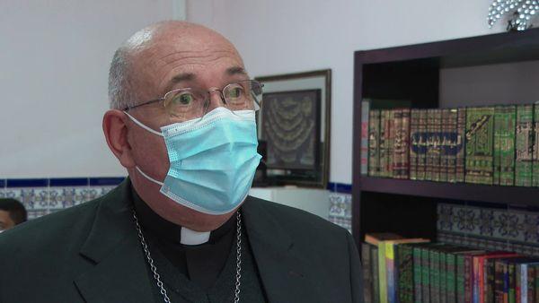 Alain Guellec, évêque auxiliaire de Montpellier, pour représenter la communauté catholique.