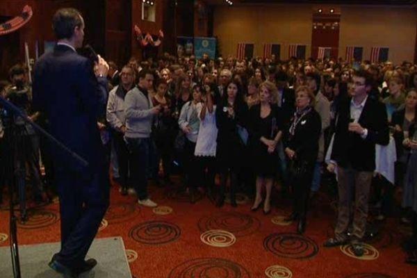Près de 400 personnes à Lyon pour suivre les résultats des élections présidentielles américaines ...