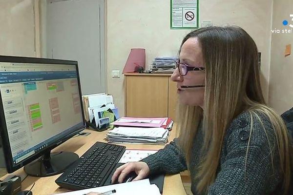 Au centre de secrétariat téléphonique Medic'Phone à Ajaccio, la prestation est facturée entre 73 et 99 cts d'euros par appel en tarif dégressif.