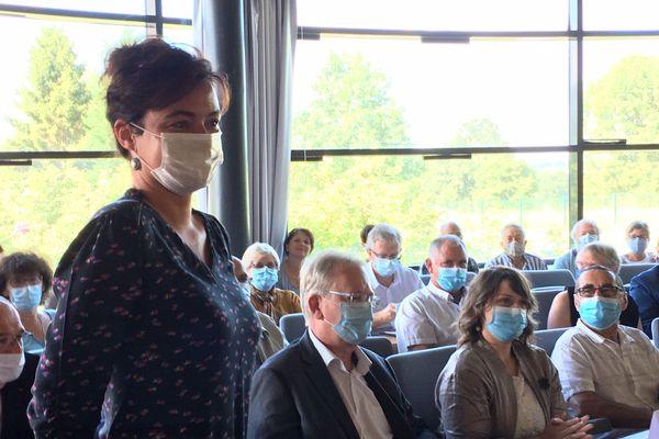 Emilie Rabeteau élue officiellement maire de Condat-sur-Vienne Une élection masquée sur fond de crise de Covid-19
