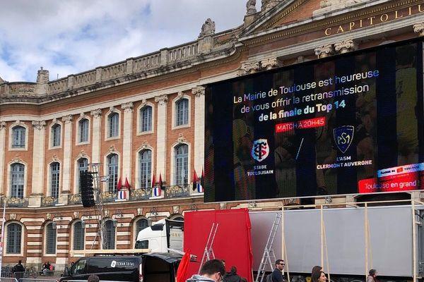 Comme en 2012, un écran géant a été installé Place du capitole pour voir le match en direct.