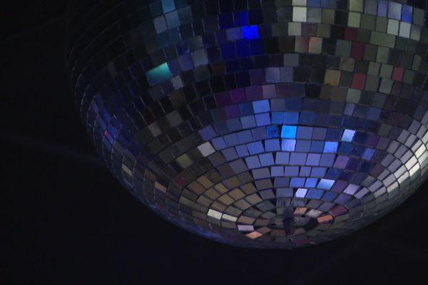 Les discothèques sont fermées depuis le 15 mars. Et compte-tenu de la situation sanitaire, la réouverture n'est pas pour demain.