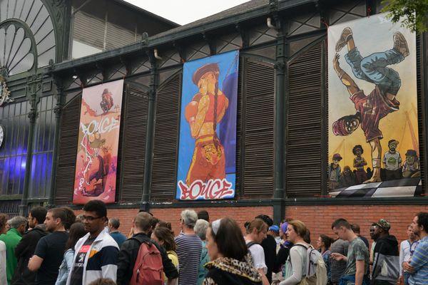 Les Halles de Mean-Penhoët sont le lieu de convergence des différents artistes et du public toujours en nombre