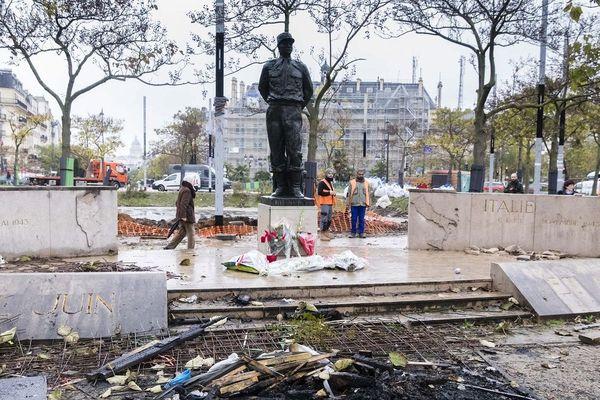La statue du  Maréchal Juin vandalisée lors d'une manifestation des Gilets jaunes le 18 novembre 2019 , deux jours après la manifestation.