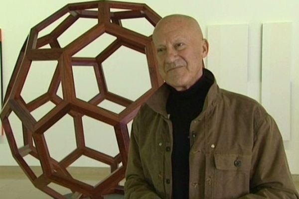 Pour les 20 ans du Carré d'Art, son architecte, Norman Foster, devient commissaire d'exposition.