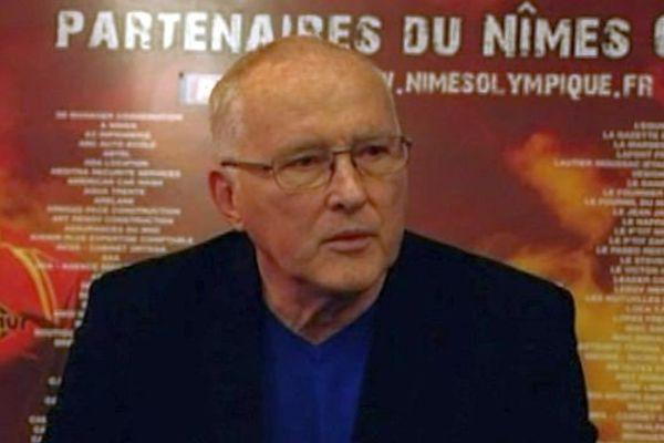 Nîmes - Christian Perdrier, président du Nîmes Olympique lors de la conférence de presse - 17 mars 2015