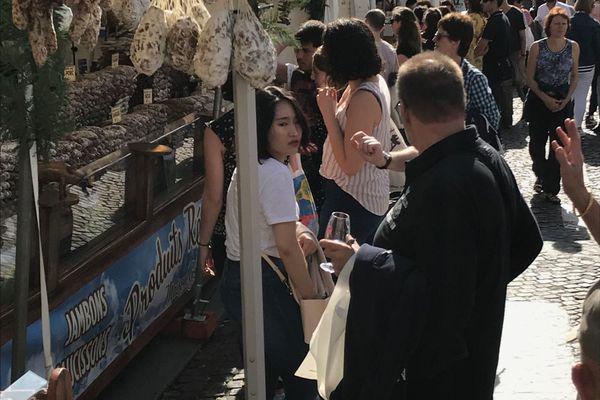 Un stand lors de la Fête des vendanges à Montmartre.