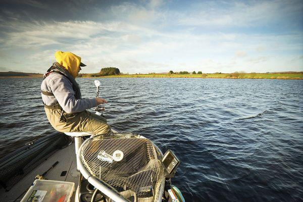 Le lac Saint-Michel dans le Finistère, un cadre superbe pour pêcher
