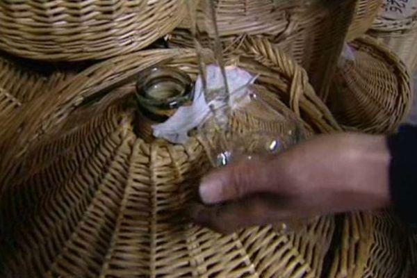 Les 100 meilleurs barmen au monde ont élu Joseph Cartron au 6 ème rang mondial des meilleures marques de liqueurs