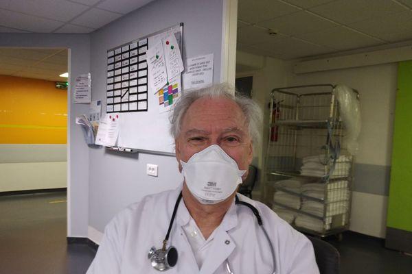 Pour le professeur Jacques H.M. Cohen, l'épidémie pourrait s'arrêter début juin