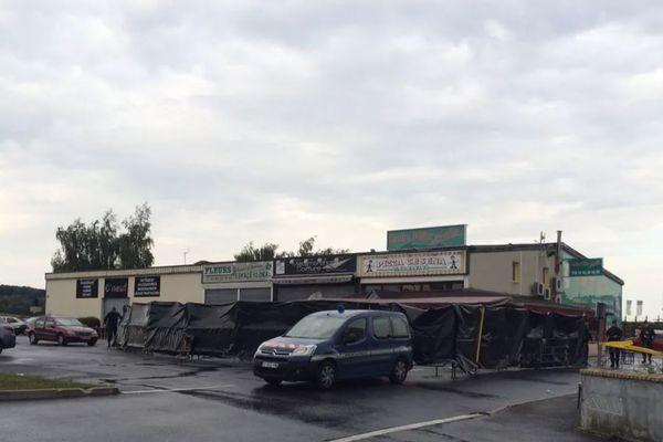 La pizzeria, au lendemain du drame.