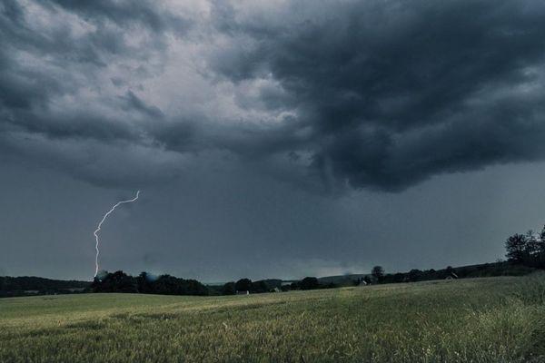 Orage du coté de Redon (Ille-et-Vilaine) ce dimanche 3 juin