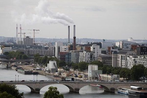 Quel avenir pour l'usine de traitement de déchets d'Ivry-sur-Seine?