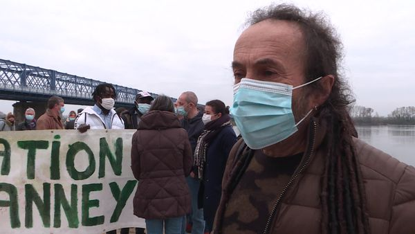 Antoine Ducos, garagiste à Thouaré-sur-Loire est l'employeur de Vianney