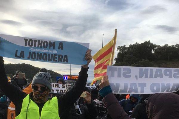 Les manifestants ont répondu à l'appel du mouvement citoyen Tsunami Démocratique - 11 novembre 2019