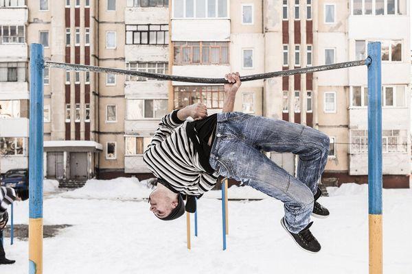 Slavoutytch, février 2012. Une aire de jeux dans l'un des quartiers de la ville. © Niels Ackermann / Lundi13 Lauréat 2016 du Prix de la Ville de Perpignan Rémi Ochlik