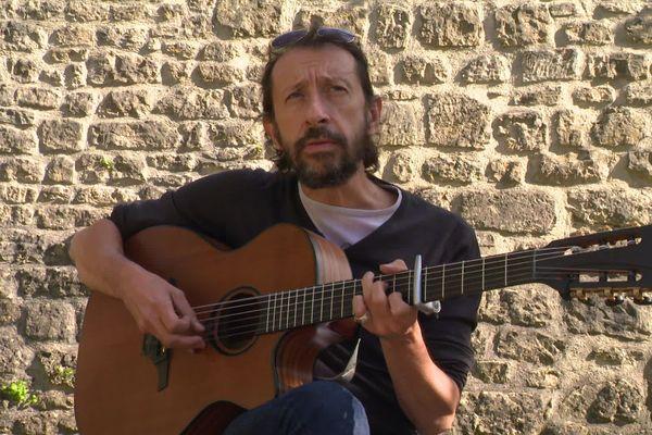 JP Nataf en solo, loin des Innocents à Valognes