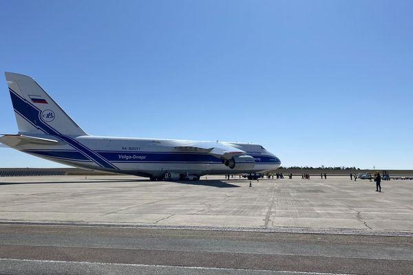 Des masques de protection respiratoire, de type FFP2 sont arrivés à l'aéroport de Vatry en provenance de Chine.