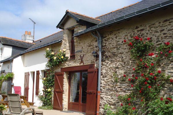 En Loire-Atlantique, les propriétaires de gîtes ouvrent gratuitement leurs portes aux soignants et aux femmes victimes de violences conjugales.