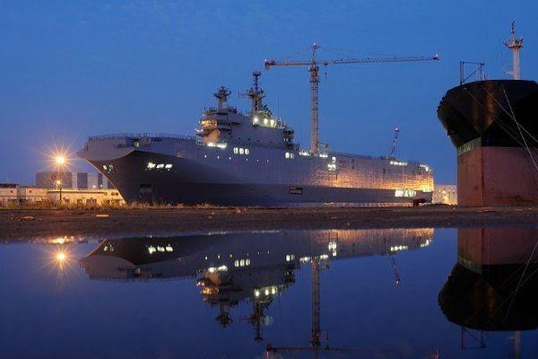 Le Vladivostok à quai à Saint-Nazaire