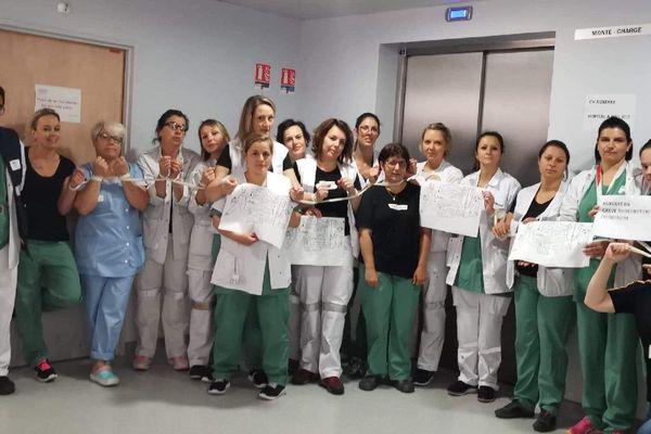 Les grèvistes aux urgences de l'hôpital d'Auxerre