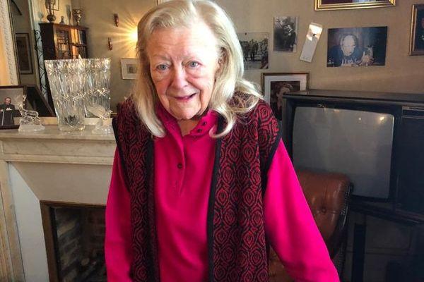 Tilly Bravery, la fille de Mathilde Bravery première femme volontaire à avoir rejoint les Forces Françaises Libres