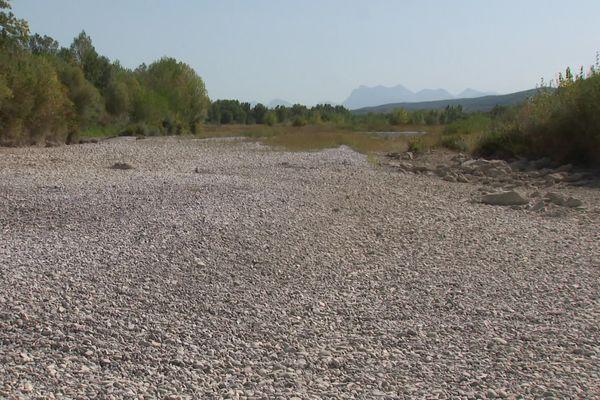 La rivière Drôme à sec, le 18 septembre 2019
