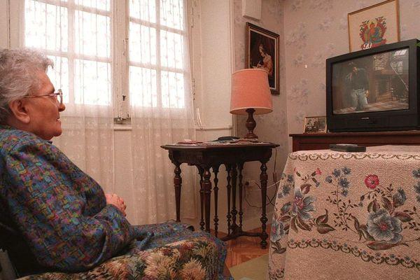 La moyenne d'âge des téléspectateurs de France 3 est de 62 ans.