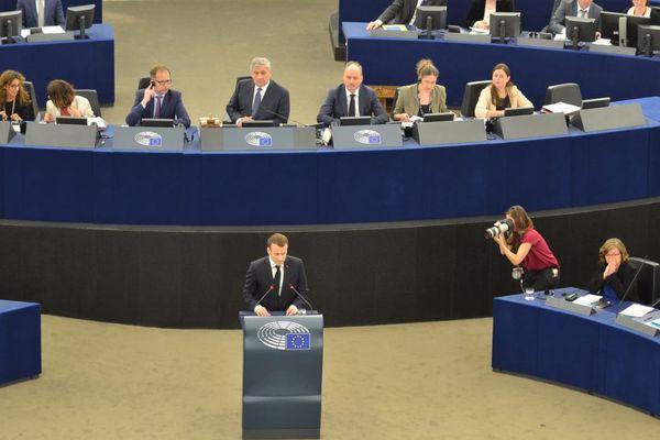 Emmanuel Macron au parlement de Strasbourg, ce mardi 18 avril.