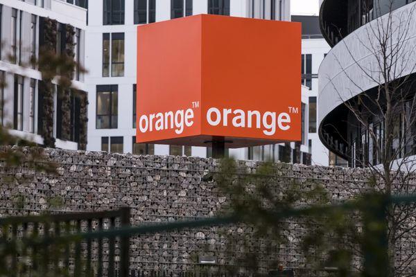 L'opérateur Orange va devoir reconstruire son poste principal de distribution pour rétablir l'accès à internet dans le secteur de Saint-Donat-sur-l'Herbasse, dans la Drôme. Image d'illustration.