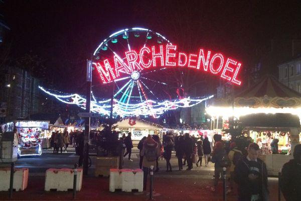 Les marchés de Noël sont soumis à une sécurité renforcée (illustration  à Rennes)