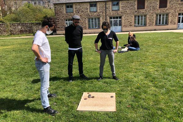 """L'association rennais """"la P'tite Planche"""", bien décidée à mettre en valeur le jeu breton du palet avec son projet participatif"""