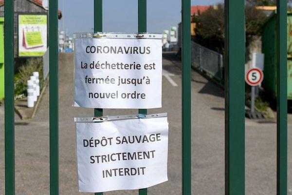 Les déchetteries ont fermé leurs portes dès le début du confinement le 17 mars 2020.
