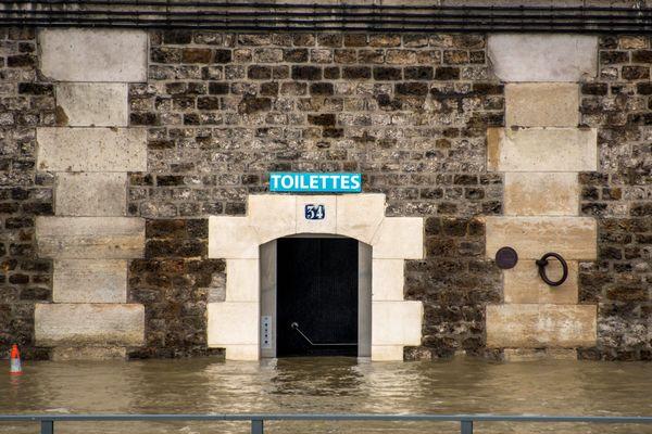 La Seine en crue, à Paris, le 24 janvier 2018.