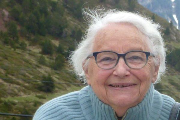Famille Michèle Leclercq-Caillabet, 90 ans, a vécu l'exode avec sa famille au printemps 1940.