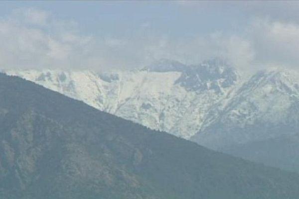 Corse: toujours de la neige sur les sommets en cet fin de mois de mai