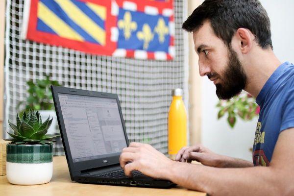 Olivier Colas concepteur, développeur et programmateur du site Le Dico Bourguignon.