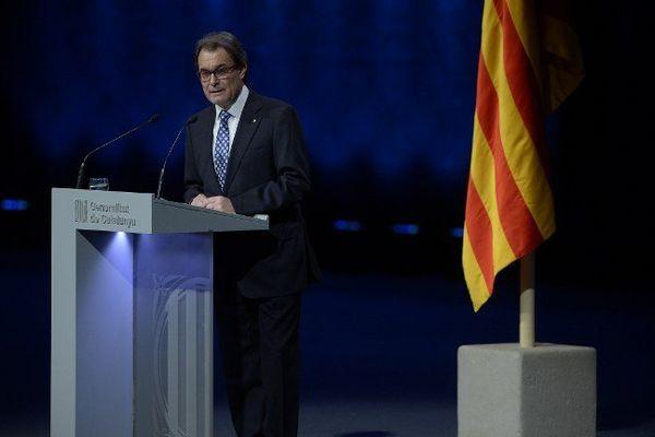 Le président de la Catalogne Artur Mas a présenté mardi soir son projet d'élections régionales anticipées avec l'objectif d'obtenir l'indépendance. Barcelone le 25 novembre 2014.