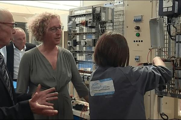 Muriel Pénicaud, en visite au CFA de l'industrie à Brest
